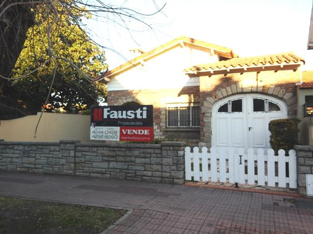 Foto Casa en Venta |  en  Temperley Oeste,  Temperley  Avellaneda Nº al 600