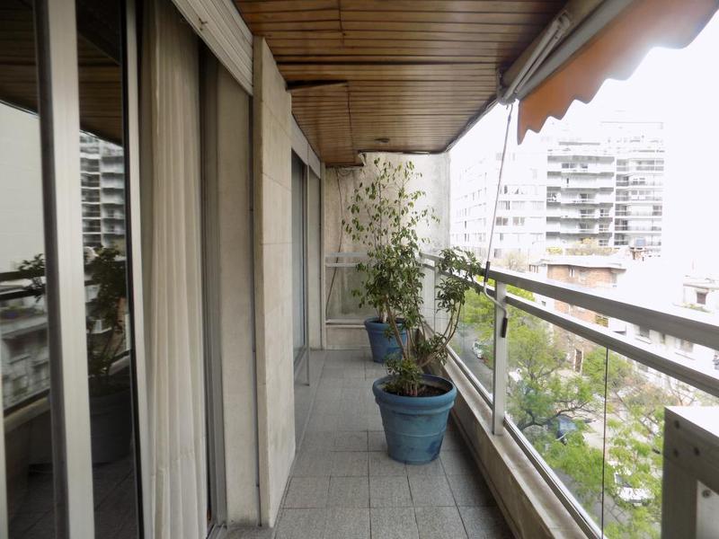 Foto Departamento en Venta en  Pocitos ,  Montevideo  Benito Blanco y Zudáñez