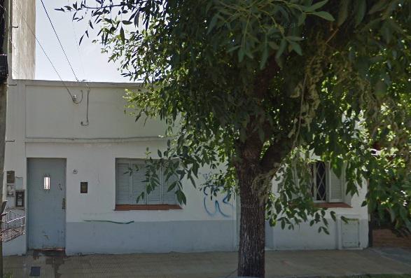 Foto Casa en Venta en  Moron ,  G.B.A. Zona Oeste  Padre Castañer al 100