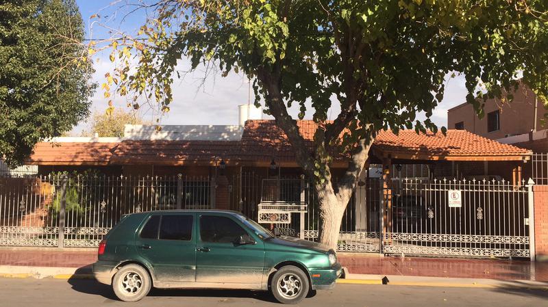 Foto Casa en Venta en  Santa Lucia ,  San Juan  R. Franco  al 400