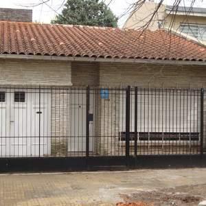 Foto Casa en Venta en  Banfield Oeste,  Banfield  San Martin entre Vieytes y Darragueira
