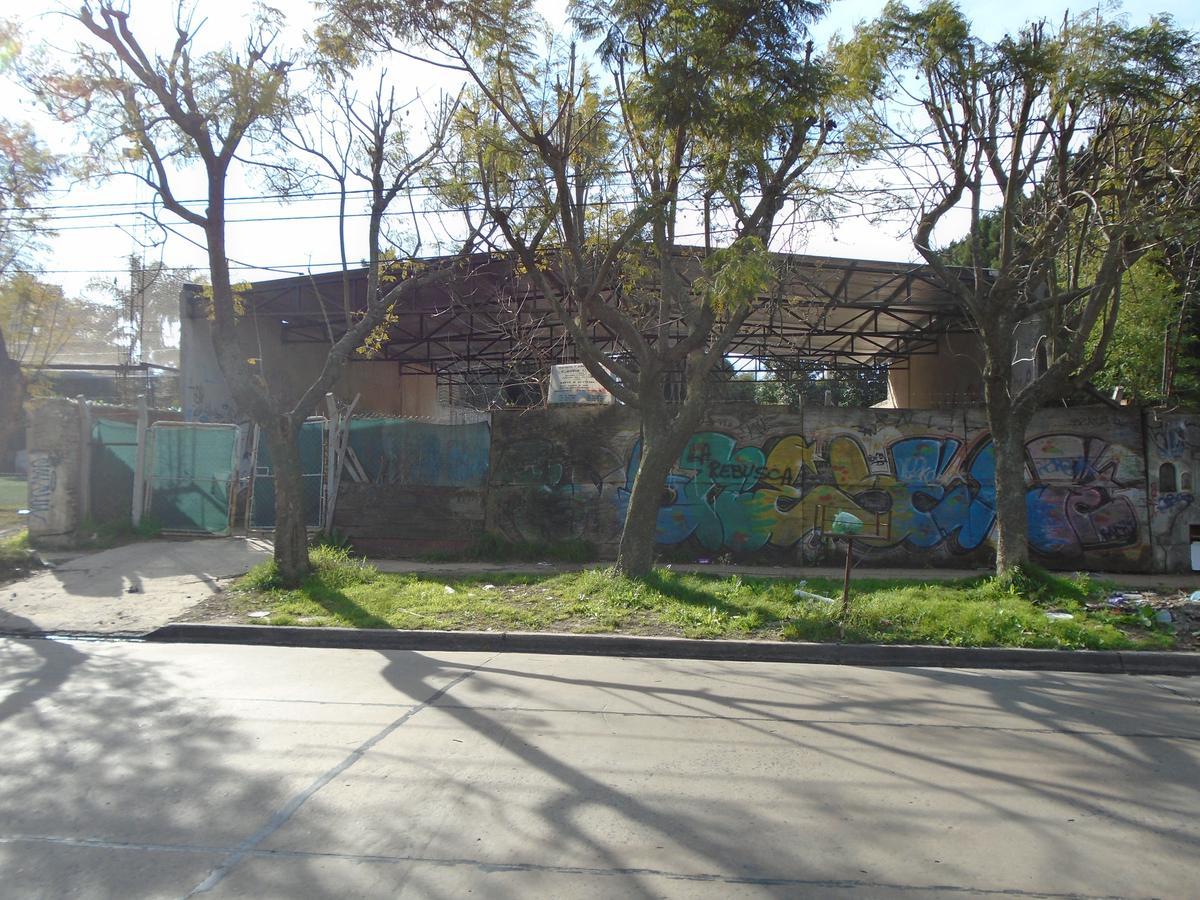 Foto Terreno en Alquiler en  Castelar Norte,  Castelar  Av. Sarmiento al 3200