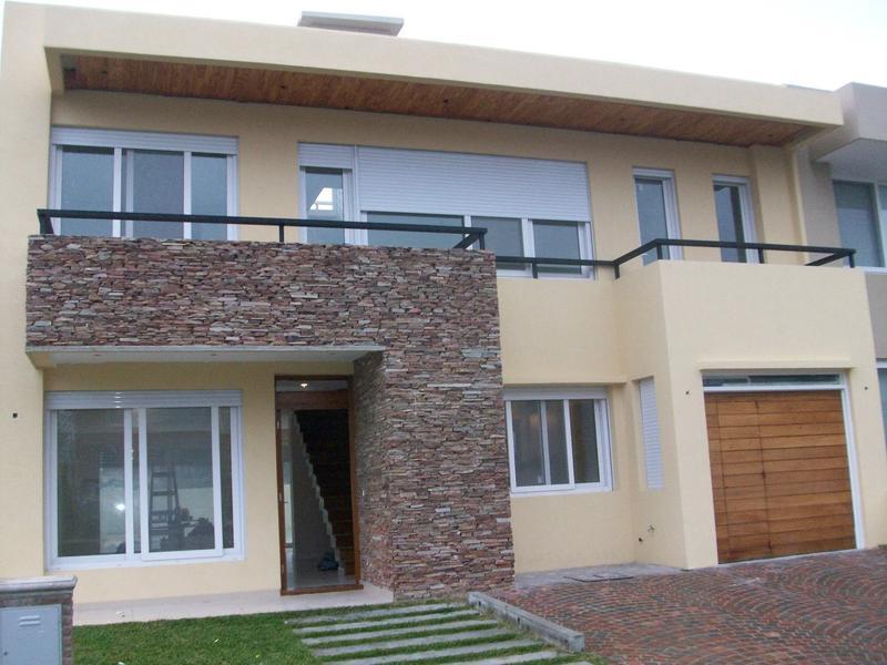 Foto Casa en Venta en  Virasoro Village,  Countries/B.Cerrado  B. C. Virasoro Village