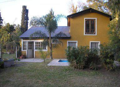 Foto Casa en Venta    en  Villa Gobernador Udaondo,  Ituzaingo  Enrique Larreta al 4000