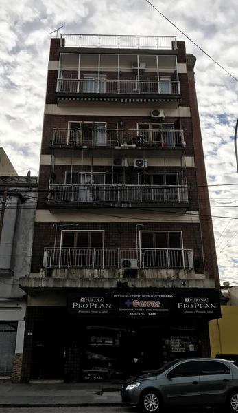 "Foto Departamento en Venta en  Piñeyro,  Avellaneda  Avda. Galicia 125, 3° ""B"""