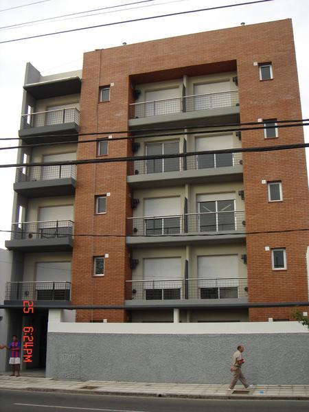 Foto Departamento en Venta en  S.Fer.-Carupa,  San Fernando  Av. Pte. Perón 374, Piso 2º (CON RENTA)