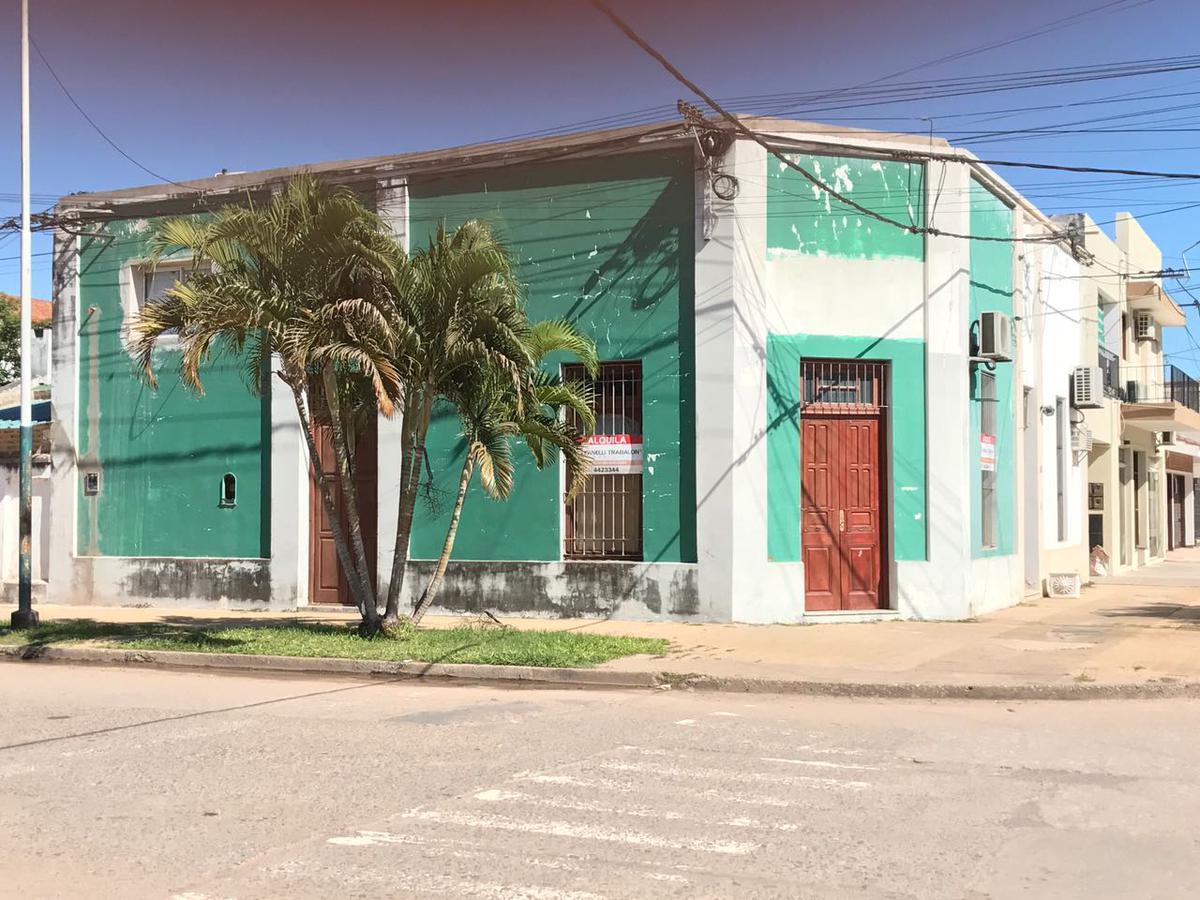 Foto Local en Alquiler en  Centro,  Presidencia Roque Saenz Peña  Pellegrini al 300