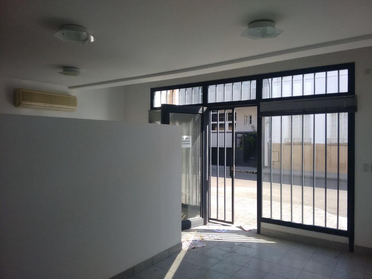 Foto Local en Alquiler en  Centro,  San Miguel De Tucumán  Mendoza al 100