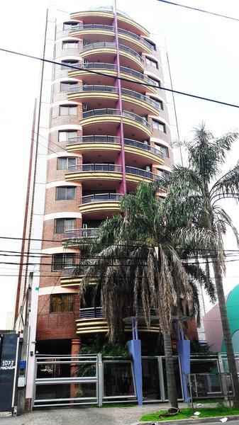 Foto Departamento en Venta en  Moron ,  G.B.A. Zona Oeste  Machado al 1000
