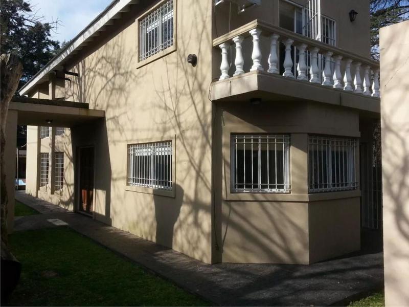 Foto Casa en Venta en  Barrio Parque Leloir,  Ituzaingo  Gaucho de Guemes al 1000