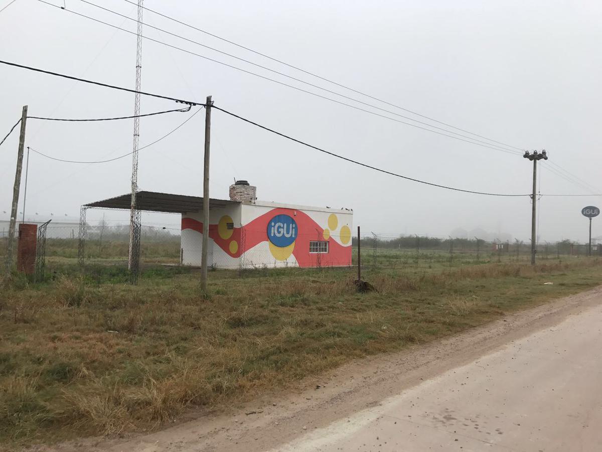 Foto Depósito en Alquiler | Venta en  Presidencia Roque Saenz Peña,  Comandante Fernandez  Parque Industrial