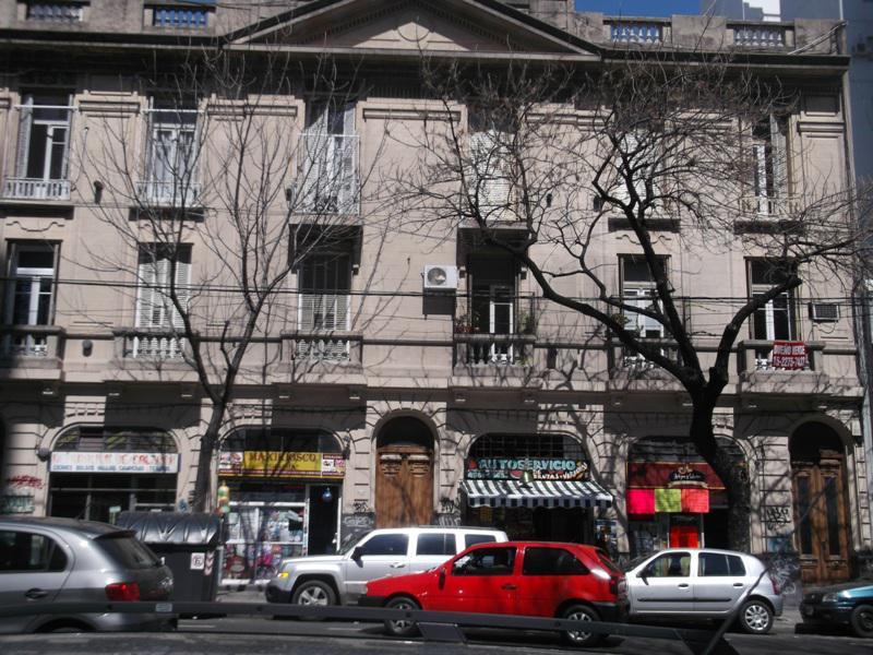 Foto Departamento en Venta |  en  Almagro ,  Capital Federal  DIAZ VELEZ, AVDA. entre GASCON y PALESTINA
