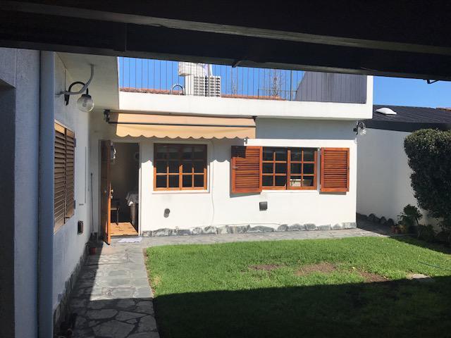Foto Casa en Venta en  Ituzaingó ,  G.B.A. Zona Oeste  Zattino al 2700