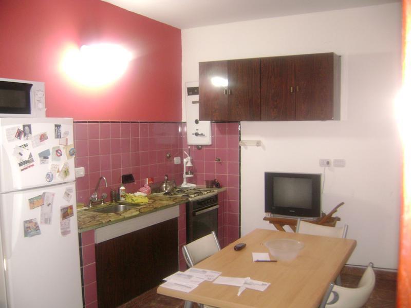 Foto Casa en Alquiler en  Valentin Alsina,  Lanus  ITAPIRU al 800