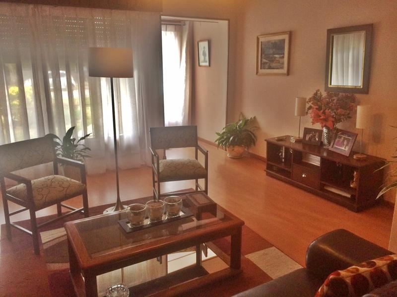 Foto Casa en Venta en  Carrasco ,  Montevideo  Una planta, zona Woodlands
