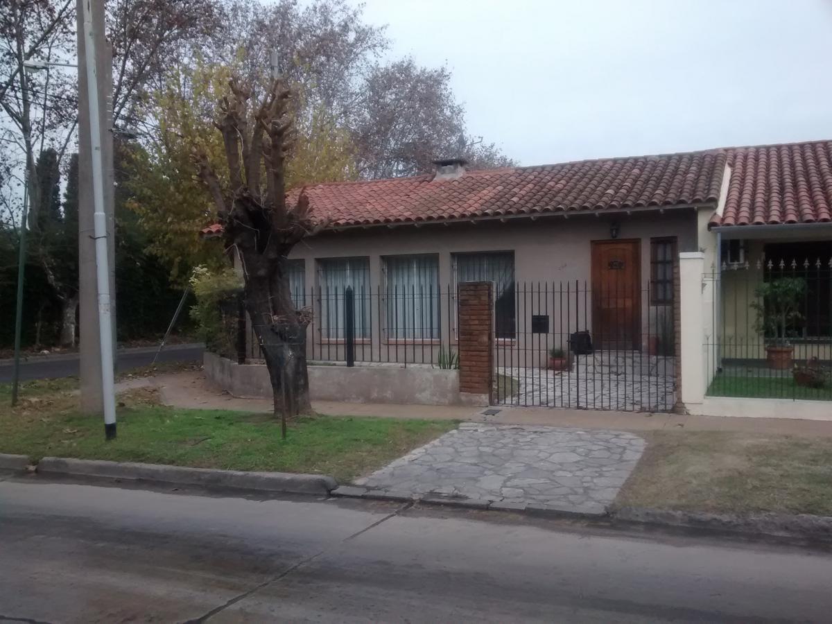 Rubica Casa En Venta En Don Torcuato Jose Verdi Al 500