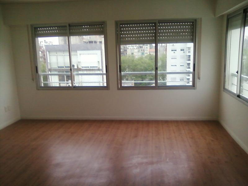 Foto Departamento en Venta en  Pocitos ,  Montevideo  Barreiro y 26 de Marzo. Monoambiente piso alto, excelente vista