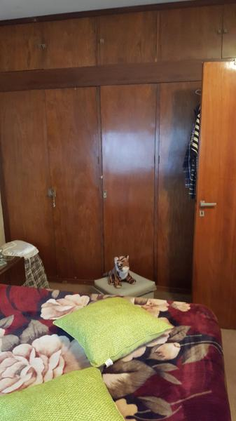 Foto Casa en Venta en  Temperley Este,  Temperley  CARLOS CASARES al 700