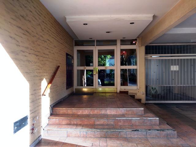 Foto Departamento en Venta en  Lomas de Zamora Oeste,  Lomas De Zamora  Colombres N° al 200