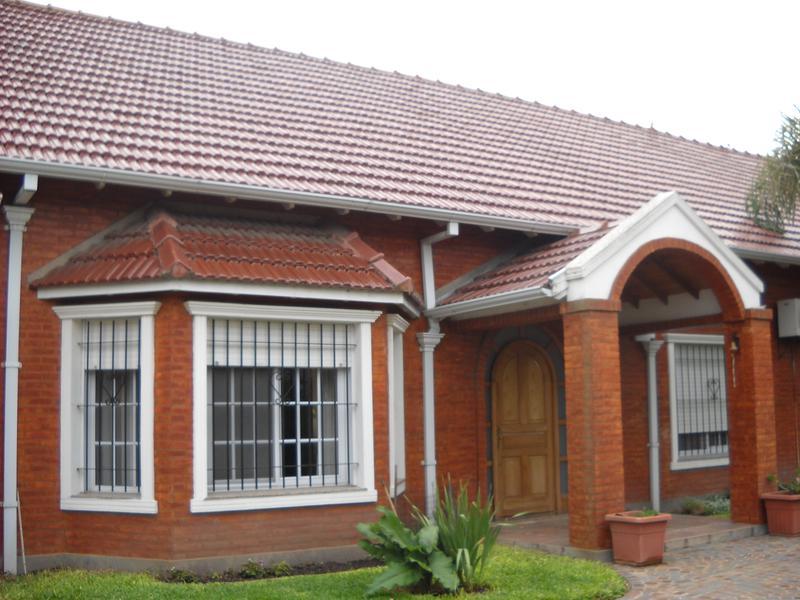 Foto Casa en Venta en  Los Cardales,  Exaltacion De La Cruz  Urquiza 173