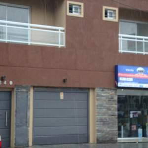 Foto Departamento en Alquiler |  en  Banfield Oeste,  Banfield  Larroque al 1300