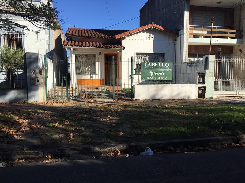 Foto Casa en Venta en  Lomas de Zamora Oeste,  Lomas De Zamora  GORRITI al 1000