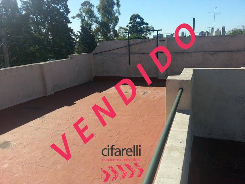 Foto Casa en Venta en  Liniers ,  Capital Federal  Av. Gral Paz al 11300
