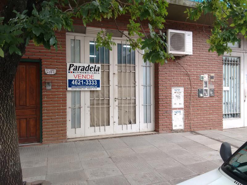Foto Local en Venta en  Ituzaingó,  Ituzaingó  26 de Abril