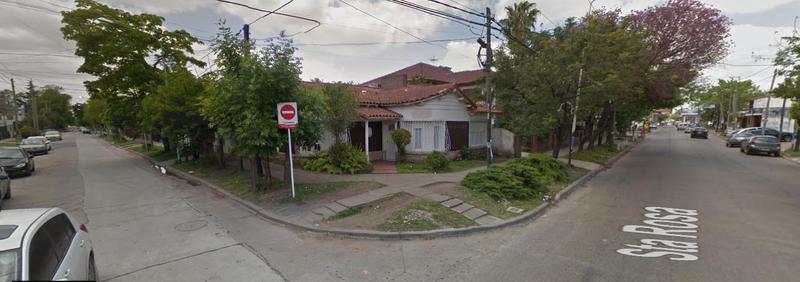 Foto Casa en Alquiler en  Castelar,  Moron  Santa Rosa al 1000