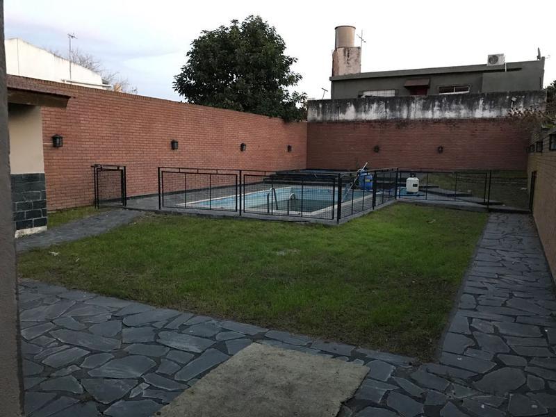 Foto Casa en Venta en  Gregorio De Laferrere,  La Matanza  Luro al 6700  G. Laferrere