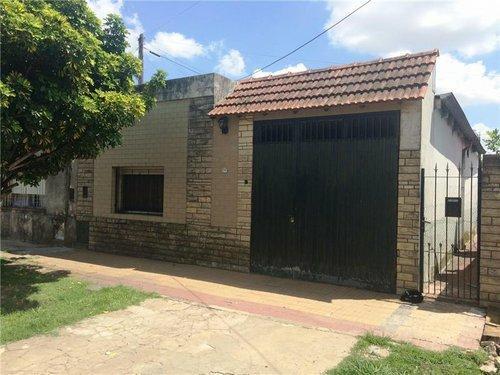 Foto Casa en Venta |  en  Lomas de Zamora Oeste,  Lomas De Zamora  CASTELLI 2285
