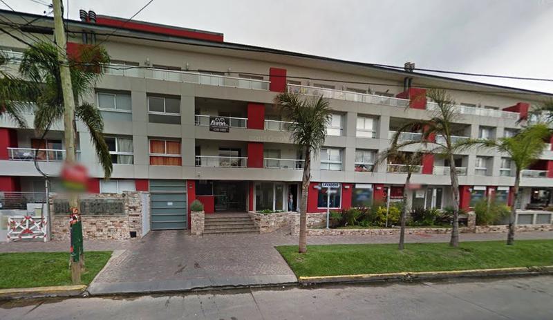 Foto Departamento en Venta en  Lomas de Zamora Oeste,  Lomas De Zamora  Colombres 762