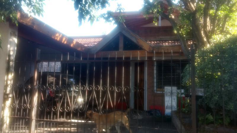 Foto Casa en Venta en  Castelar Norte,  Castelar  Viamonte al 2200