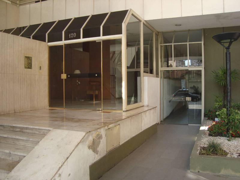 Foto Departamento en Alquiler en  Lomas De Zamora,  Lomas De Zamora  Colombres 120