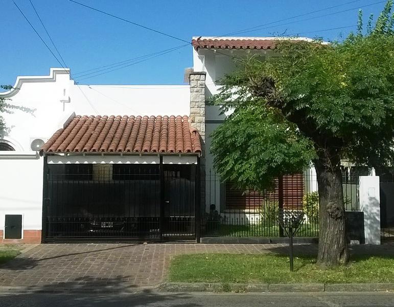 Foto Casa en Venta en  Lomas de Zamora Este,  Lomas De Zamora  Chiclana 25