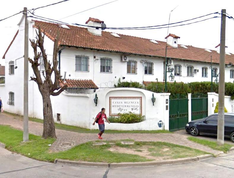 Foto Casa en Venta en  Centro (Campana),  Campana  Peron al al 600