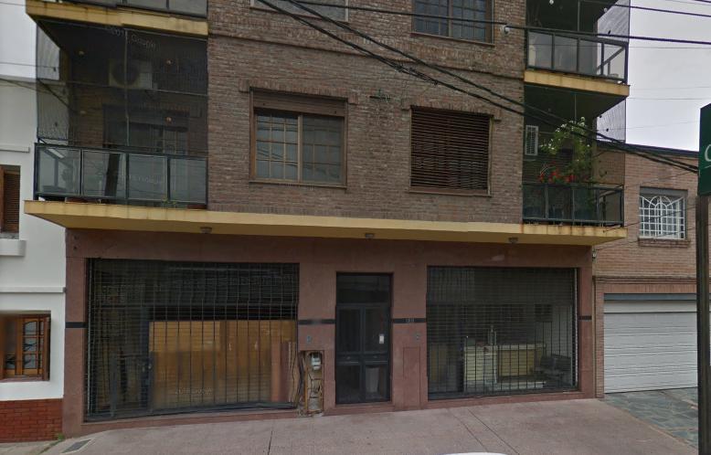 Foto Local en Alquiler en  Centro (Campana),  Campana  JEAN JAURES al 800