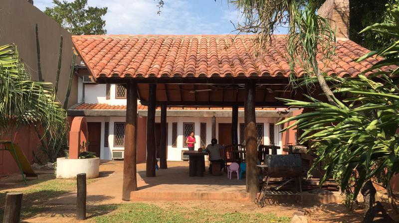Foto Casa en Alquiler en  Mburucuya,  Santisima Trinidad  Zona Mburucuya