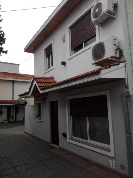 Foto Casa en Venta en  Lomas de Zamora Oeste,  Lomas De Zamora  San Martin 461 PB 2