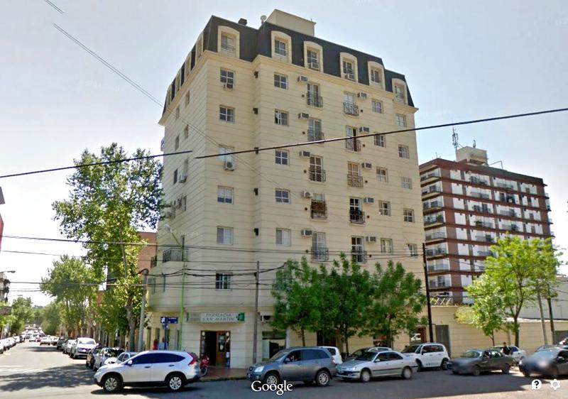 Foto Departamento en Alquiler en  Centro (Campana),  Campana  25 de mayo al 800