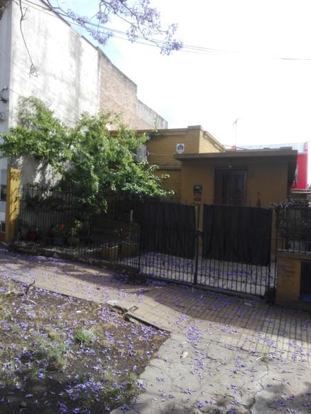 Foto Casa en Venta en  Temperley Este,  Temperley  VELEZ SARFIELD 377