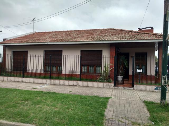 Foto Casa en Venta    en  Temperley Oeste,  Temperley  Scalabrini Ortiz N° al 100