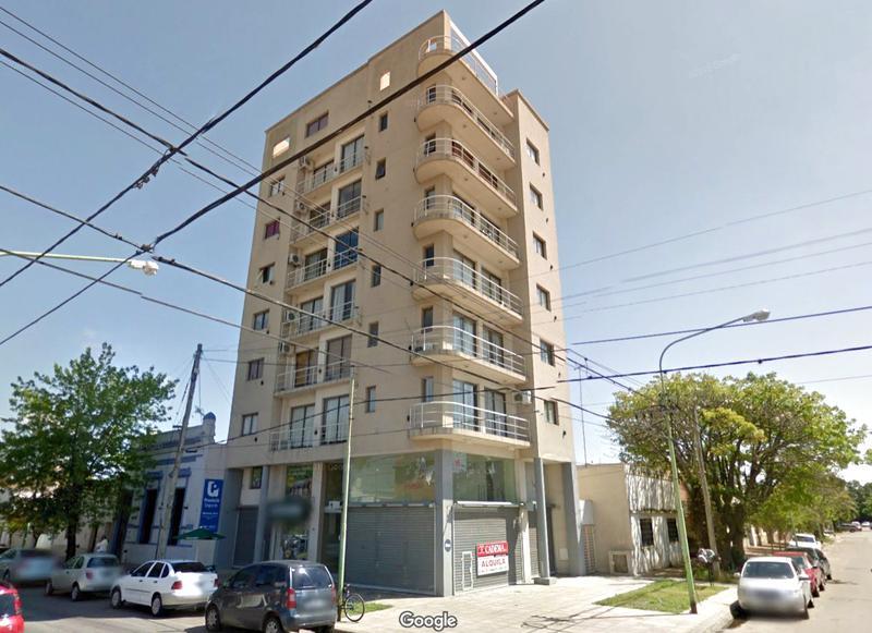 Foto Departamento en Alquiler en  Centro (Campana),  Campana  25 DE MAYO al 1100