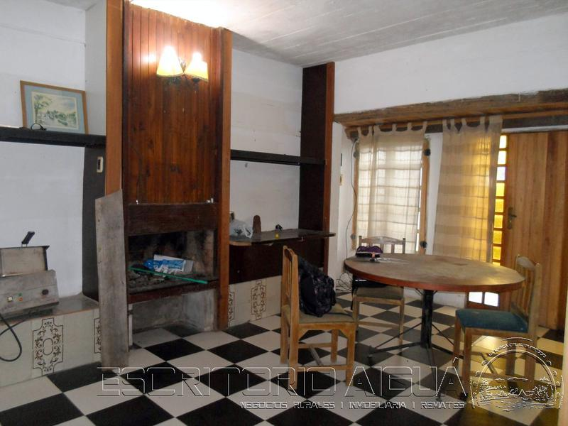 Foto Casa en Venta en  Aiguá ,  Maldonado  H. Perez graña esq J. Fernandez Chavez