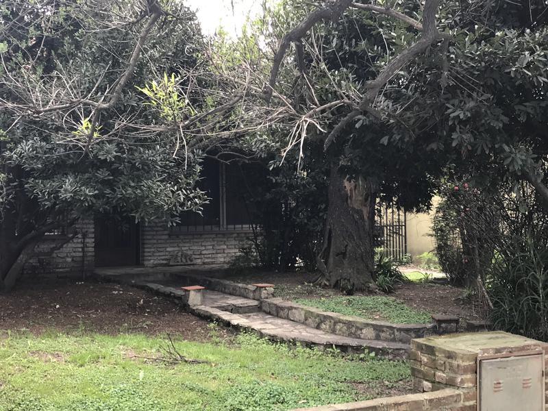 Foto Casa en Venta en  Temperley Este,  Temperley  AV. EVA PERON 2114