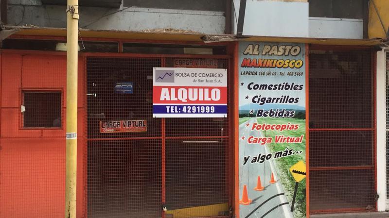 Foto Local en Alquiler en  San Juan,  Capital  Laprida al 100