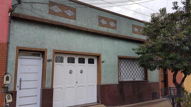 Foto PH en Venta en  Piñeyro,  Avellaneda  Carlos Fiorito al 600