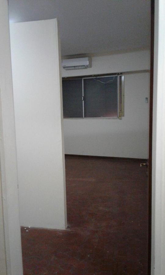 Foto Departamento en Alquiler en  Ituzaingó,  Ituzaingó  RIVADAVIA, AV. entre  y