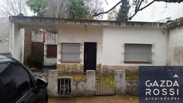 Foto Casa en Venta en  Llavallol,  Lomas De Zamora  Oyeros al 600