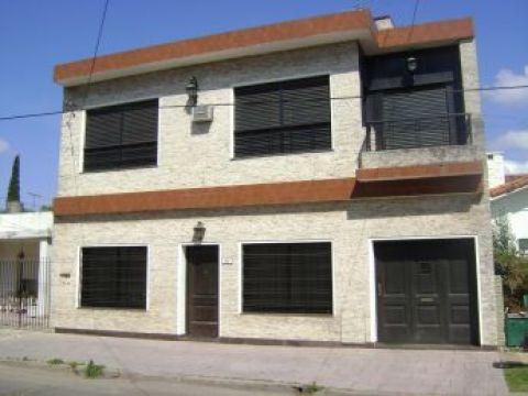 Foto Casa en Venta en  Ituzaingó,  Ituzaingó  lucero